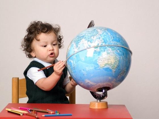 Qual deve ser o papel da educaçãoescolar infantil